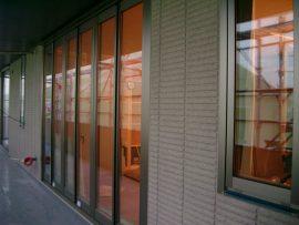 ベランダ 窓 透明ガラス