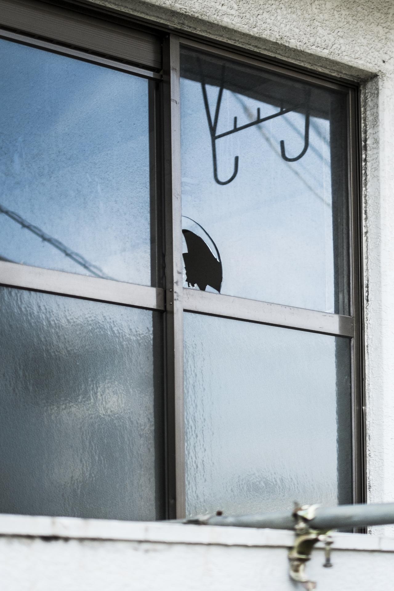 ガラス 台風 防犯