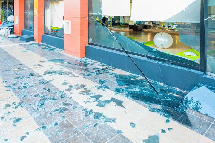 店舗や賃貸物件の被害を保険でカバー!店舗総合保険